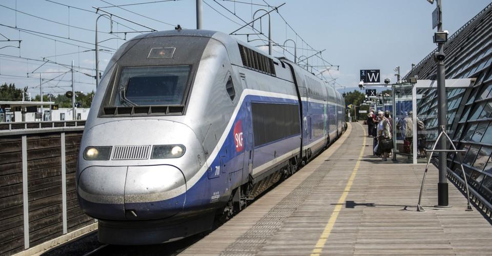 France Now Has a High-Speed Coronavirus Hospital Train